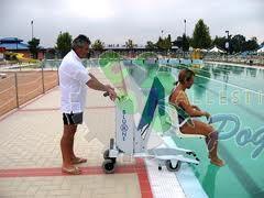 Sollevatore mobile per piscina bluone - Sollevatore piscina per disabili ...