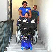 Montascale superamento barriere architettoniche for Trattorino disabili